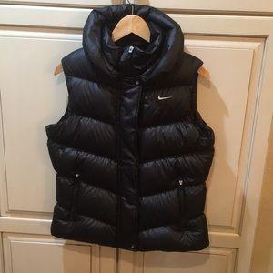 Nike 550 fill down puffer vest jacket m